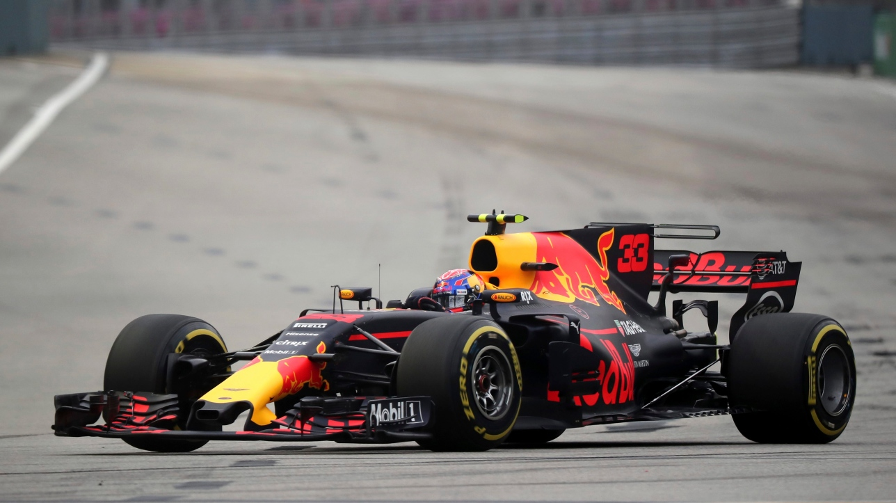 f1 le pilote red bull max verstappen domine la troisi me s ance d 39 essais libres singapour. Black Bedroom Furniture Sets. Home Design Ideas