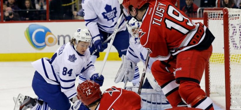 Maple Leafs 1 - Hurricanes 3