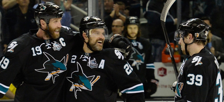 Joe Thornton, Dan Boyle et Logan Couture